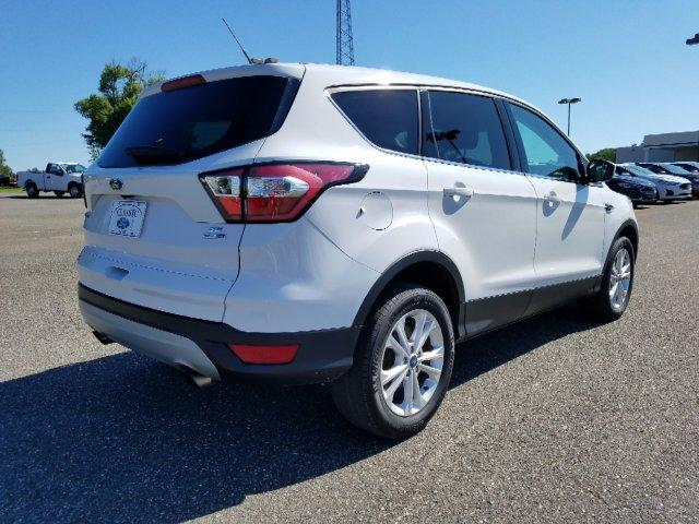 Pre-Owned 2017 Ford Escape SE 4WD