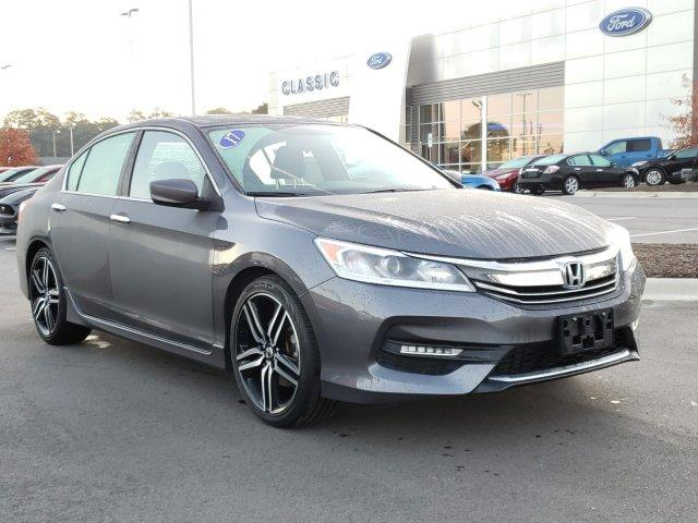 Pre-Owned 2017 Honda Accord Sport CVT