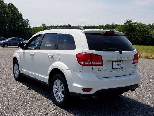 Certified Pre-Owned 2017 Dodge Journey SXT FWD
