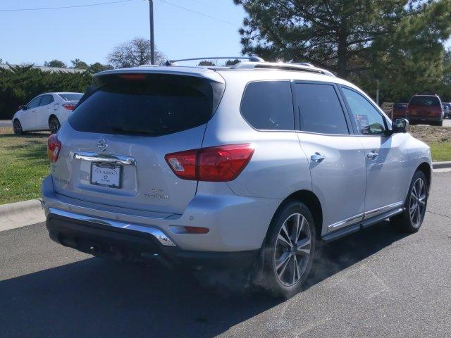 Pre-Owned 2017 Nissan Pathfinder 4x4 Platinum