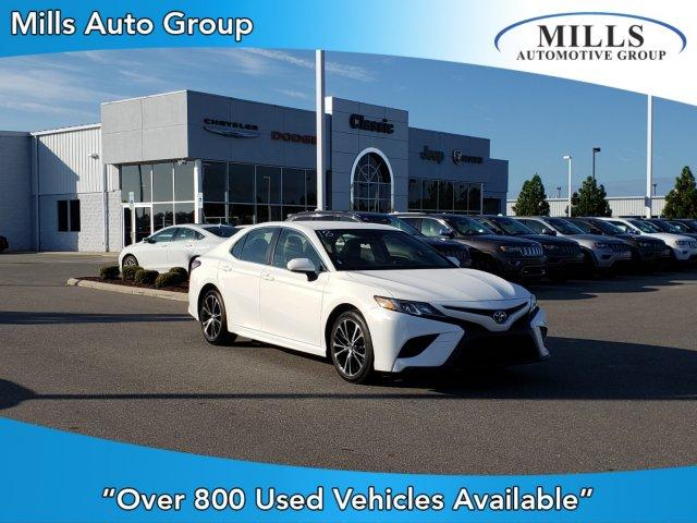 Pre-Owned 2018 Toyota Camry SE Auto