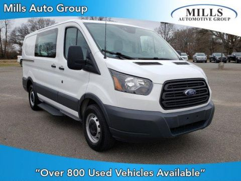 Pre-Owned 2017 Ford Transit T-150 130 Low Rf 8600 GVWR Sliding