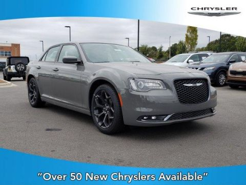 New 2019 CHRYSLER 300 300S RWD With Navigation
