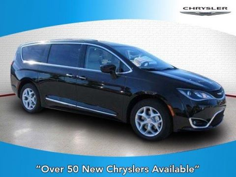 New 2018 CHRYSLER Pacifica Touring L FWD FWD Passenger Van