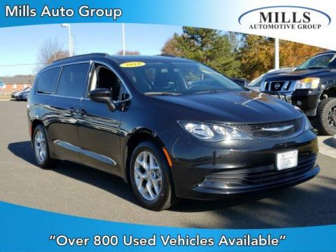 Pre-Owned 2018 Chrysler Pacifica Touring FWD