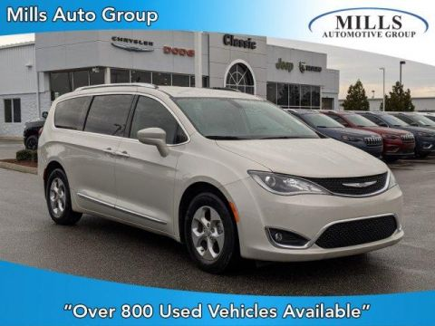 Certified Pre-Owned 2017 Chrysler Pacifica Touring-L Plus FWD FWD Mini-van, Passenger