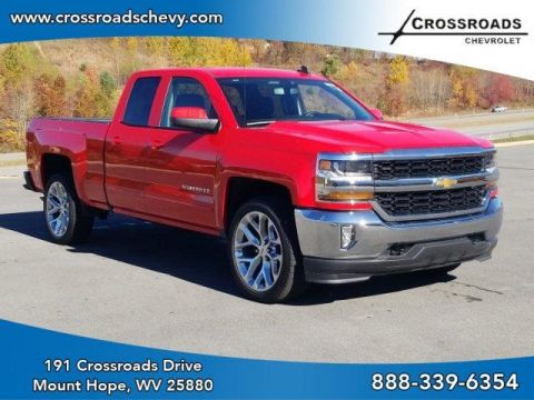 Pre-Owned 2018 Chevrolet Silverado 1500 4WD Double Cab 143.5 LT w/1LT 4WD