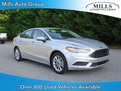 Pre-Owned 2017 Ford Fusion SE FWD FWD 4dr Car